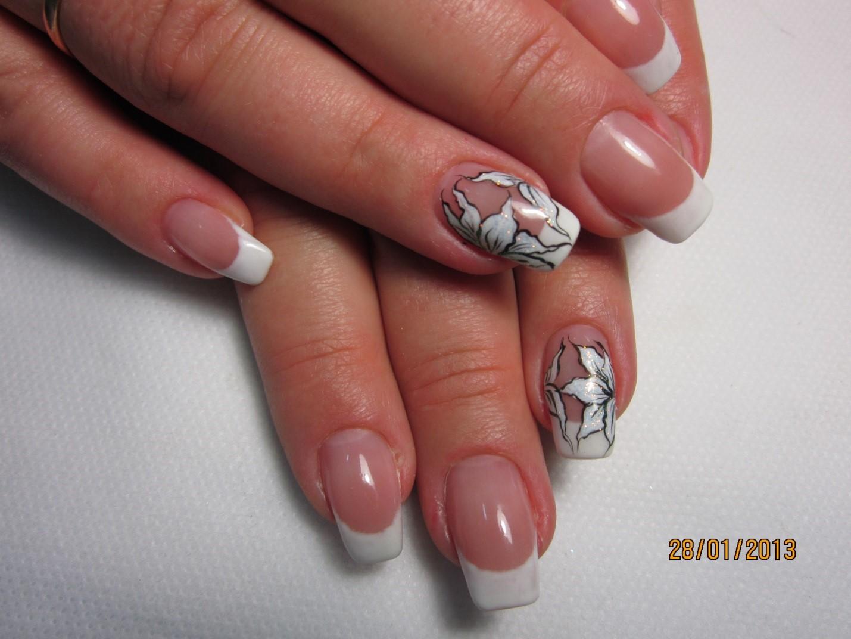 Дизайн ногтей акрил